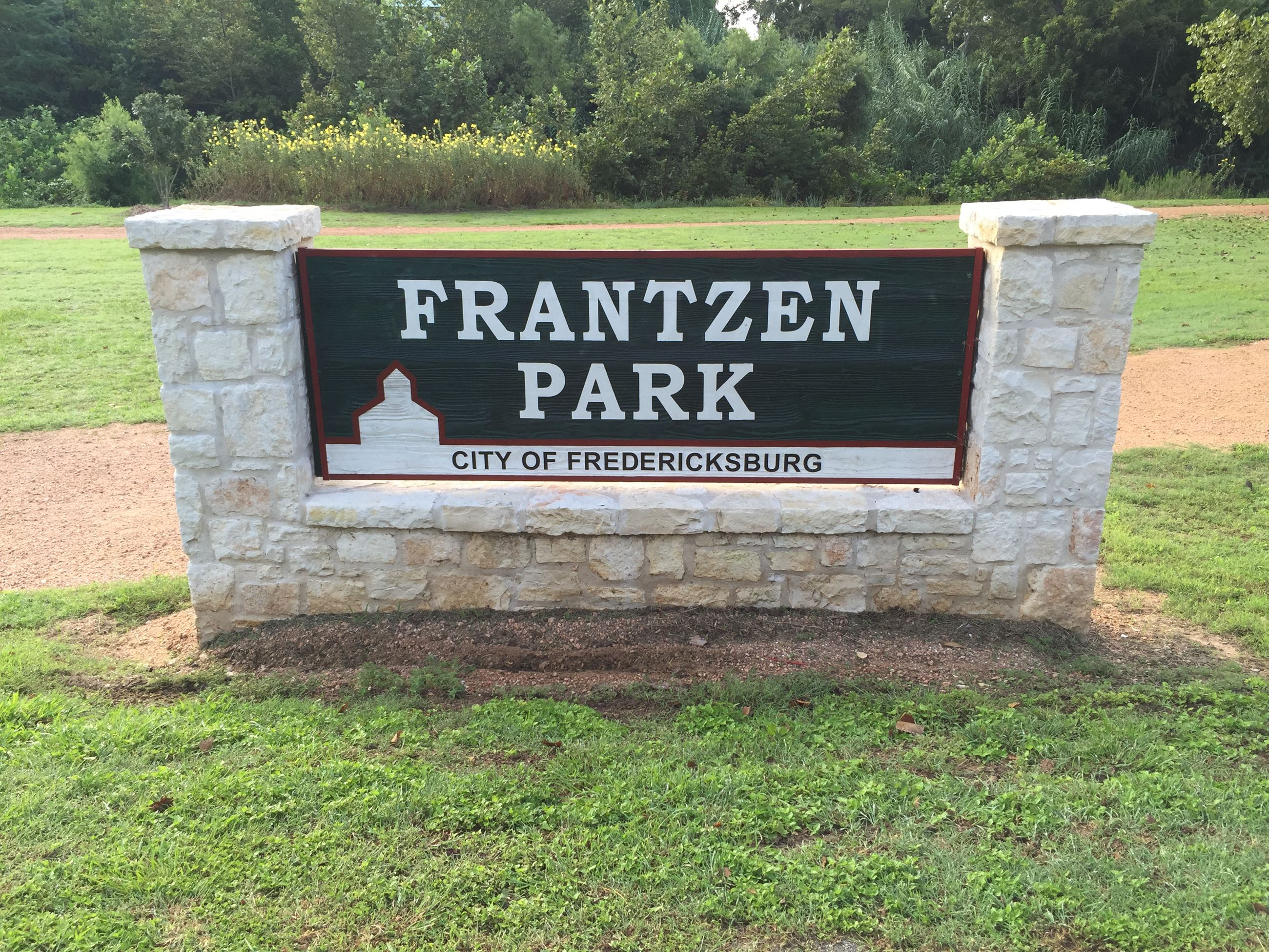 Frantzen Park entry sign
